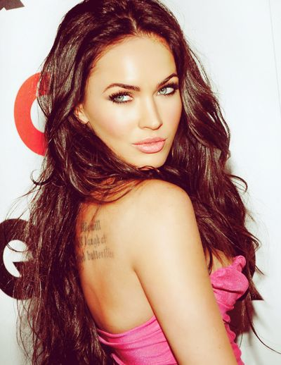 Megan Fox. then I see pics like this....I think I'll keep my long dark hair =)