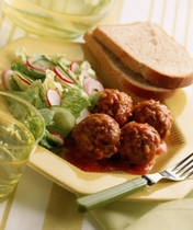 Ever since I had meatballs and spaghetti at my uncle's place this week I've been thinking about this sweet and sour meatball recipe my mom used to make with grape jelly and ketchup. The taste of childhood!