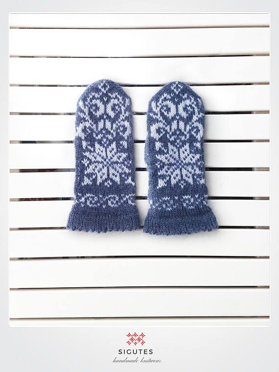 Hey, I found this really awesome Etsy listing at https://www.etsy.com/listing/547082630/hand-knitted-grey-mittens-stars-in-the