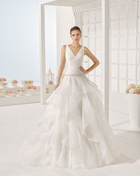 The 50 Best Wedding Dresses with Frills for 2017 Image: 12