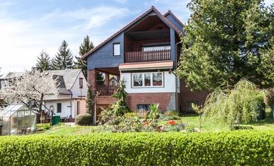Real Estate in Germany/Harz. More information: http://www.ostharz-immobilien.de/immobilien/kaufen/einfamilienhaus/thale-ot-friedrichsbrunn/078.html