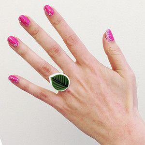 Ring Berså - Ring manufactured from recycled porcelain. Berså is designed by Stig Lindberg.