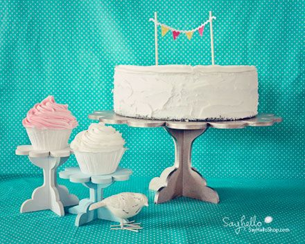 love cakestand --and I can customize it!  whitwoo!Diy Cakestand, Cupcake Stands, Cake Cupcakes Stands, Birthday Parties, Diy Cupcake Stand, Parties Ideas, Cupcakes Cak, Diy Cupcakes, Birthday Cake