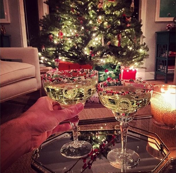 Holiday margaritas! Sprinkles are totes the new salt... #JuliskaJoy #GraysEats