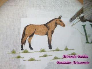 Miranda Baldin Bordados Artesanais: Mula bordada. Para a fralda dos muladeiros de plan...