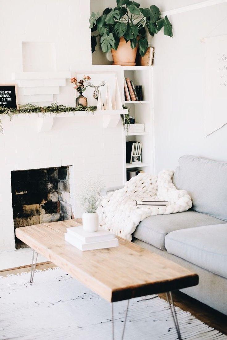 A Cozy Modern Family Room Minimalist Living Room Home Living Decor