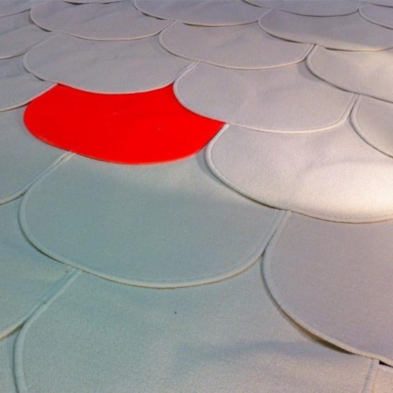 """En detournant et multipliant un simple tapis de bain Ikea, le designer stephanois Francois Mangeol a imagine le tapis geant """"Cumul-us"""", une installation presentee lors de l'exposition """"In the Mood for Ikea"""" lors de la Paris Design Week 2012."""
