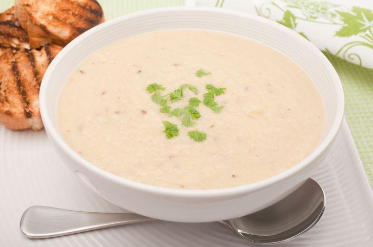 Rezept: Gebratener Blumenkohl und Cheddar-Suppe   – recipes to try