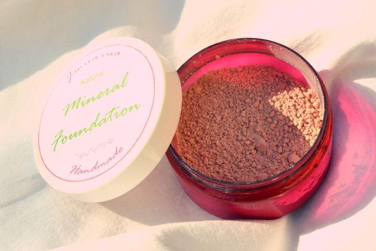 Druhý a lepší recept na minerální makeup.