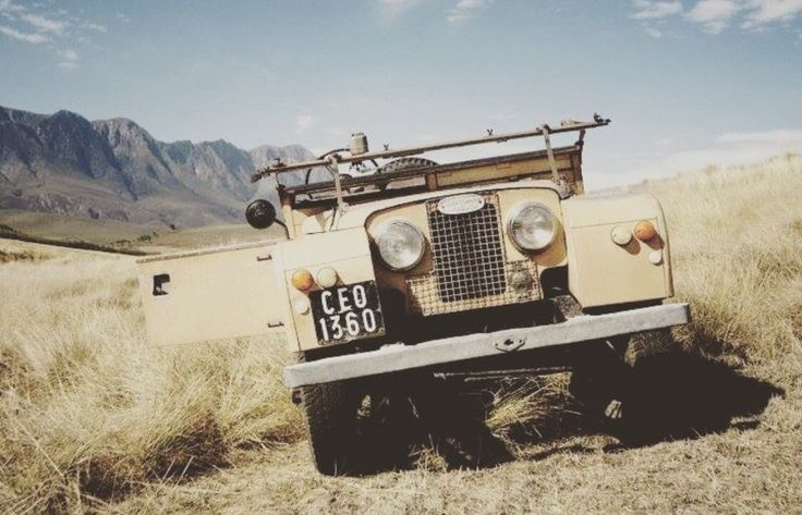 "Land Rover 86"" Series One on safari"