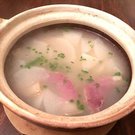雲南ハムのスープ