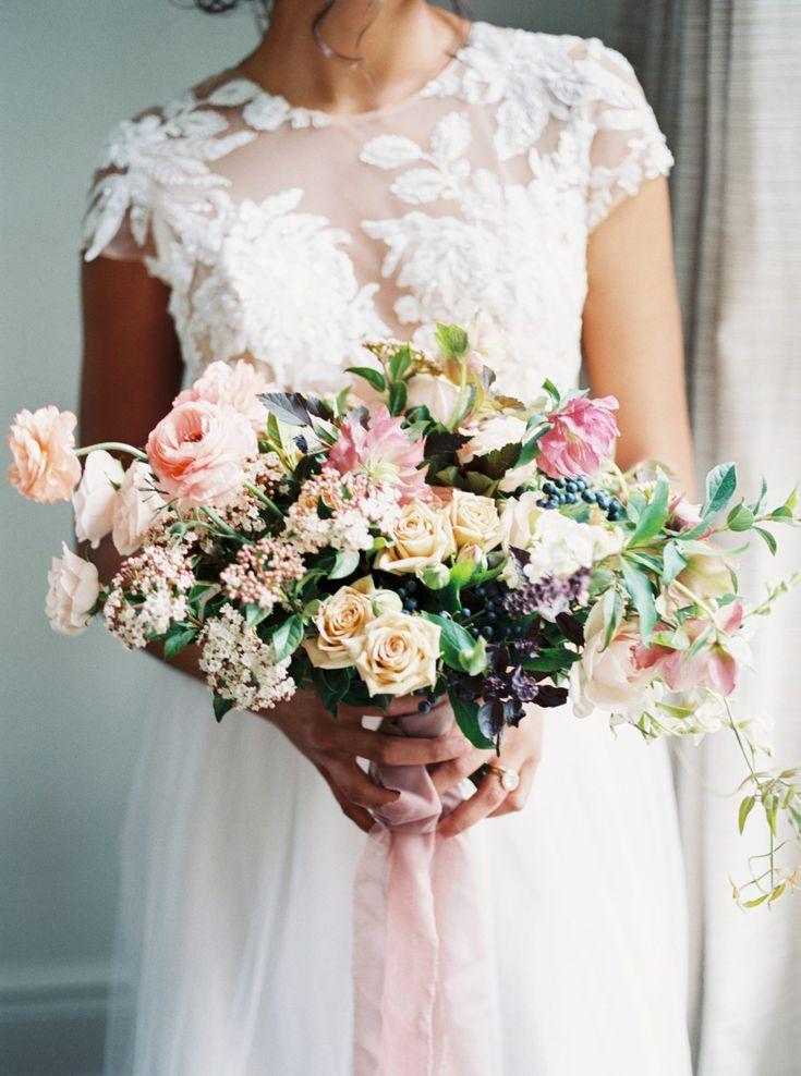 Berry + Pink Southern Hochzeitsinspiration bei McAlister-Leftwich House   – Wedding Flowers