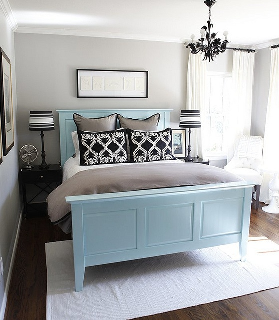 1000+ Ideas About Painted Bed Frames On Pinterest