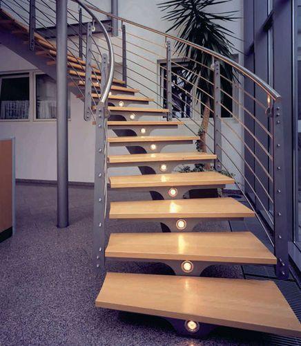 Escalera helicoidal / estructura de metal / peldaño de madera / con zanca central F3 Hangzhou Mansion Material