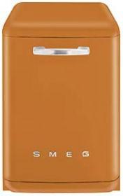 BLV2O-2: Lave-vaisselle Smeg conçu en Italie, dispose de caractéristiques fonctionnelles de haute qualité avec un design qui conjugue style et haute technologie. Découvre-le sur www.smeg.fr