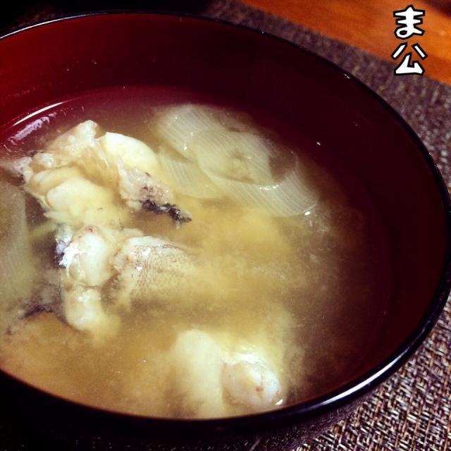 先週の大漁おすそ分け、まとめてUPシリーズ(笑) ドンコは一尾だったので、たたいた肝と味噌仕立ての汁物に。 ( ´)Д(`)ウマー 東北在住の方が詳しいと思います。 なんちゃって郷土料理ですみません。 県くくりじゃない、地方くくりでの郷土料理のジャンルがあればいいのになあ。 ( ´)Д(`)ウマー - 47件のもぐもぐ - 【釣】肝味噌ドンコ汁 by makooo