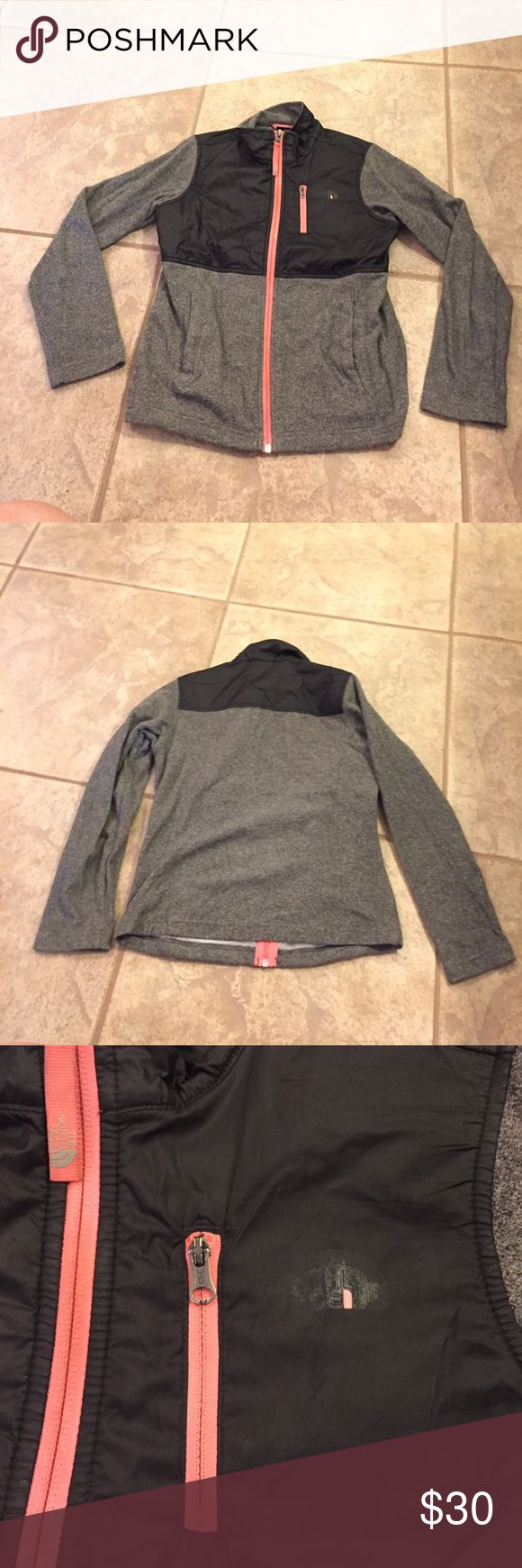 Girls north face fleece Has some signs of wear but overall in great condition! North Face Jackets & Coats