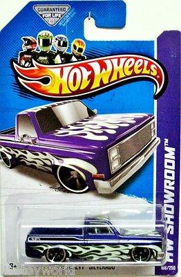 I 77 Chevy >> 1985 Chevy Silverado Hot Wheels 2013 HW Showroom #166/250 Violet w/White Flames | Jett ...