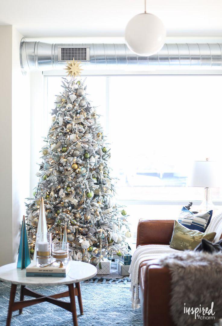 Modern Christmas Living Room Decorating Ideas Christmas Holida Modern Christmas Living Room Christmas Decorations Living Room Living Room Ideas For Christmas