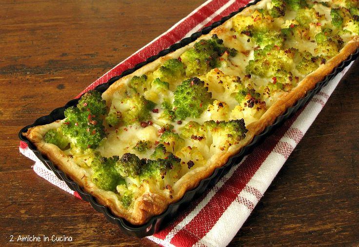 Torta salata con broccolo romano, patate e Auricchio