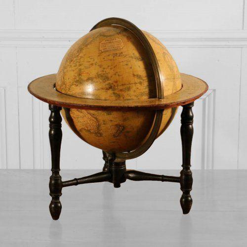Globe terrestre de newton son vers 1845 globes astrolabes instruments pinterest globe - Globe terrestre en bois ...