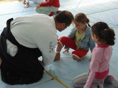 Konyaaltı Bölgesi Vision sport club Yeni dönem aikido kayıtlarımız başladı Aikido aikizende öğrenilir çocuk ve yetişkin aikido gün ve saatleri SALI VE PERŞEMBE çocuk aikido (06-11 YAŞ):18:30...