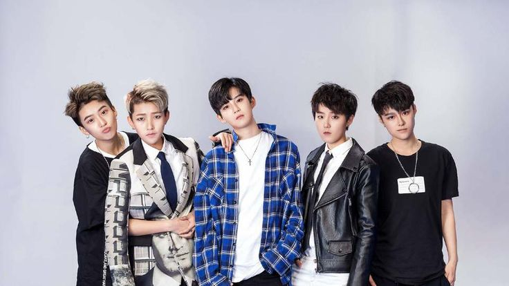 These 5 androgynous women are China's next big boy band - FFF-Acrush