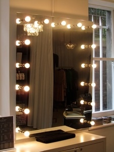 Perfect Illuminated Mirror! Dressing Table ...