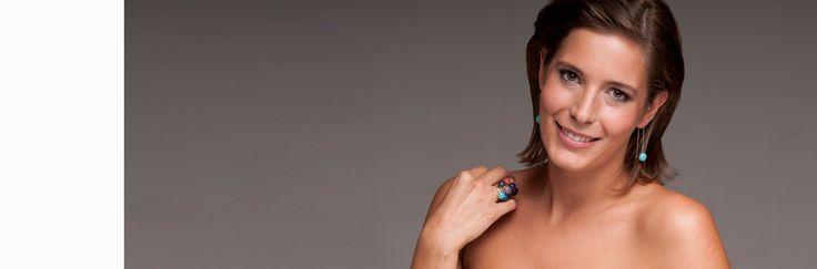 Te 1-2 vagy 3 fragil/LOOP gyűrűt szoktál egy ujjadon viselni? Nekem a 2 a kedvencem: rózsaszín és sárga!