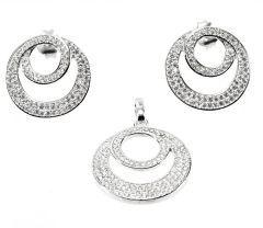 Set argint 925 rodiat, design  italian format din cercei si pandantiv   cu pietre  zirconia albe micropave