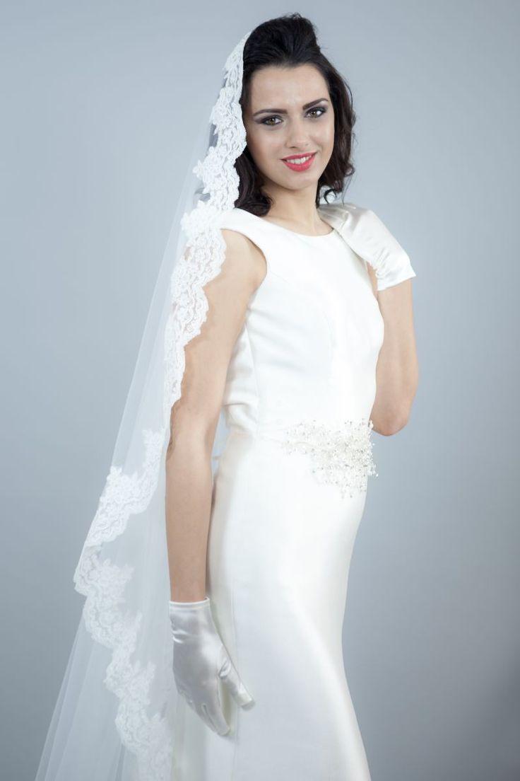 Mejores 22 imágenes de Voaluri mireasa en Pinterest | Velos de novia ...