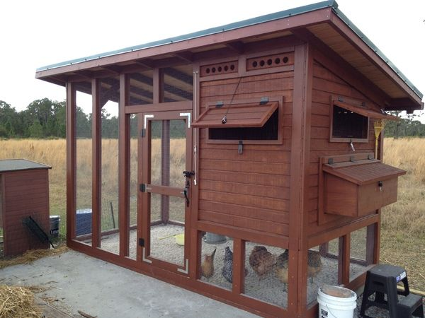 """""""The Palace"""" Chicken Coop"""
