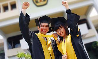 Kuliah gratis dengan beasiswa mungkin adalah impian semua pelajar