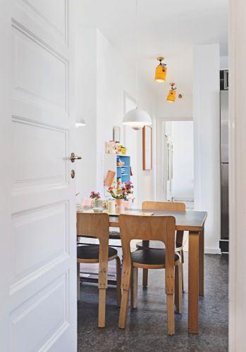 A home in Denmark (Photo by Pernille Kaalund for Bolig Magasinet)        Photo by Pernille Kaalund for Bolig Magasinet.: Home Magazine, Galleries, Aalto Tables, Af Farver, En Lejligh, Lejligh Med, Photo, Med Masser, Masser Af