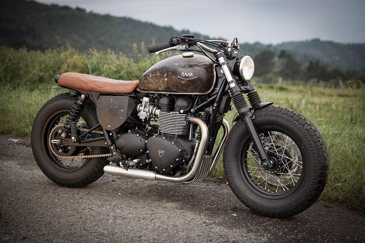 Triumph Bonneville #bratstyle #motorcycles #motos | caferacerpasion.com
