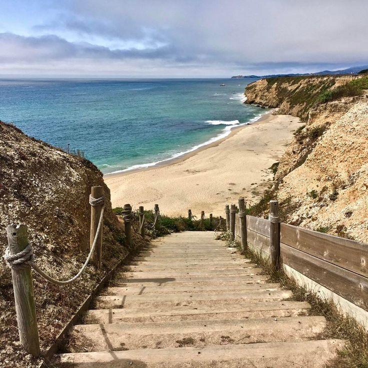 Cowell Ranch State Beach on the Pacific Ocean in Half Moon Bay, California