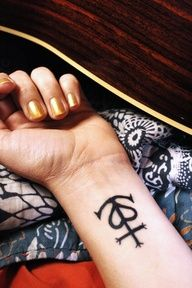 camargue cross tattoo, heart, anchor and cross, i'd totally get this!