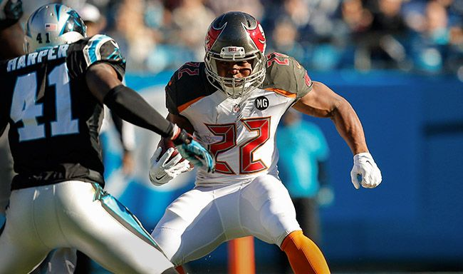 Tampa Bay Buccaneers NFL games in balmy weather Tampa area, Florida