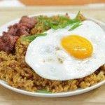 Resep Dan Cara Membuat Nasi Goreng Kornet beserta bahan-bahan untuk membuatnya.
