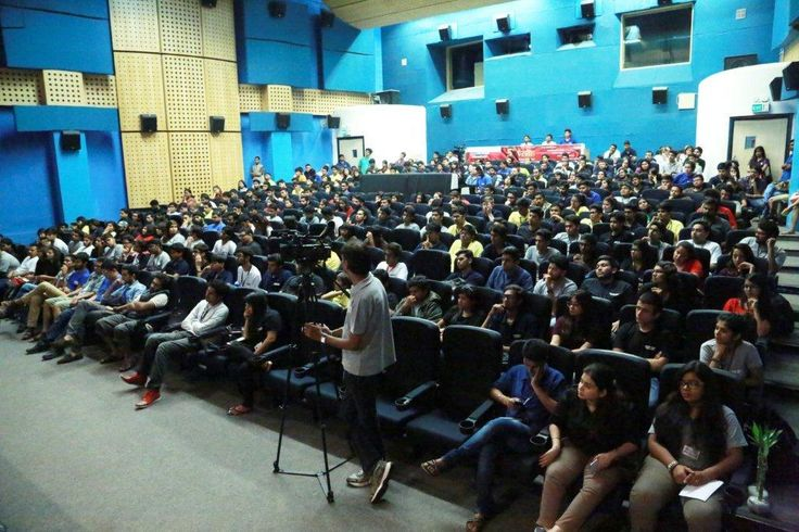 A packed auditorium with #WWI Students, attentively listening to the experience of the team of #Badlapur (film), at #WWIMasterclass