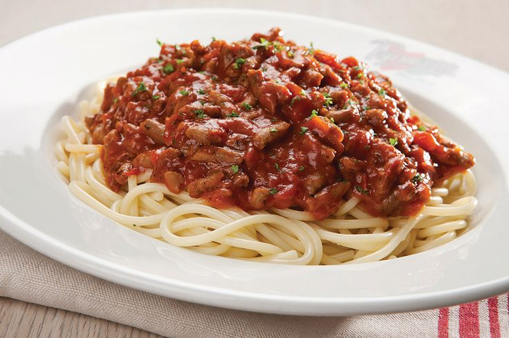 Spaghetti Bolognese. Traditional ground beef and tomato-based sauce | Panarottis http://www.panarottis.co.za/ourmenu/pastas