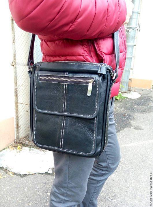Мужские сумки ручной работы. Ярмарка Мастеров - ручная работа. Купить Повседневная мужская кожаная сумка. Handmade. Кожаная сумка