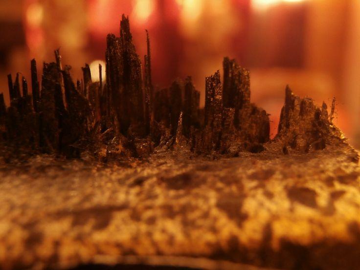 Micro set design on broken wood
