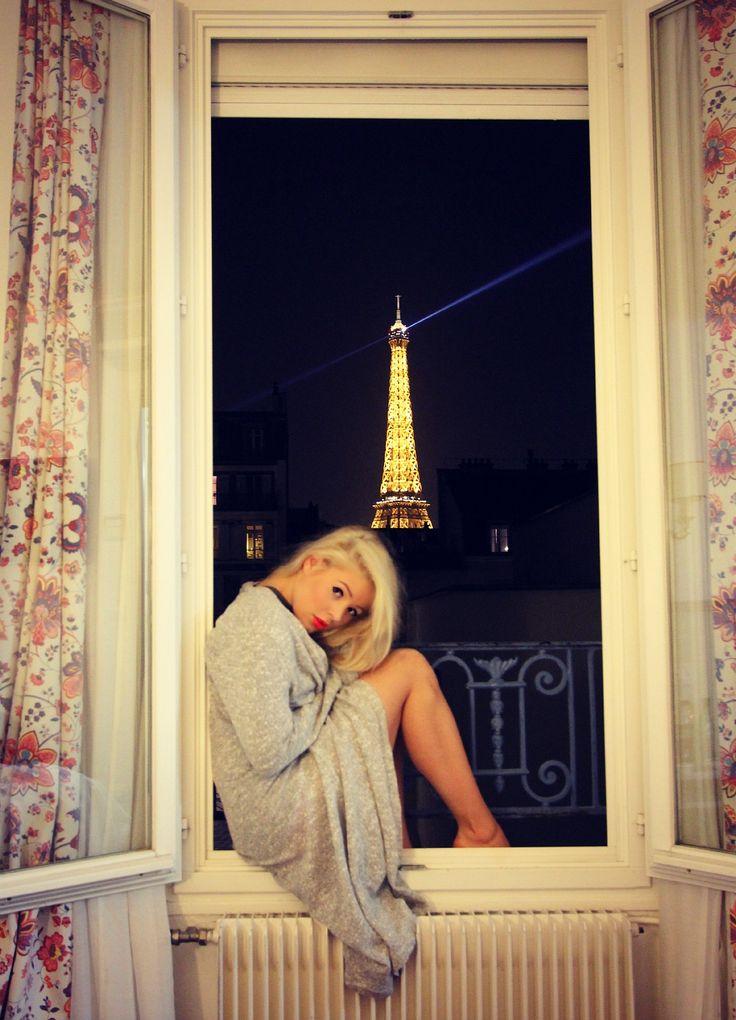 This night <3  #paris #eiffeltower #dream #blond #parisbynight #view #pfw #eiffel #tower