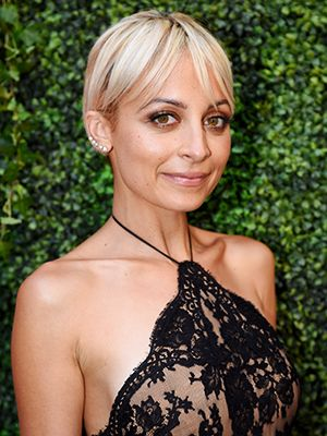 While everyone else is experimenting with crazy hair colors (at least that's the case if our Instagram feeds are any indication), Nicole Richie seems to be sending out the message that she's been there and done that. At the...