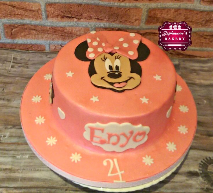 2D Minnie Mouse cake