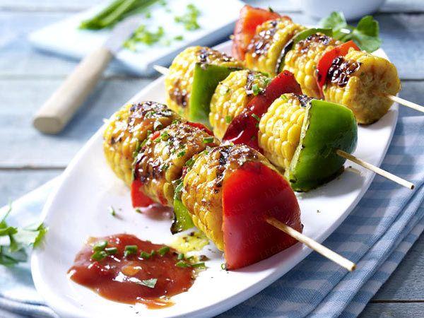 Vegetarisch grillen: Rezepte aus dem Brutzel-Beet  - paprika-mais-spiesse20  Rezept