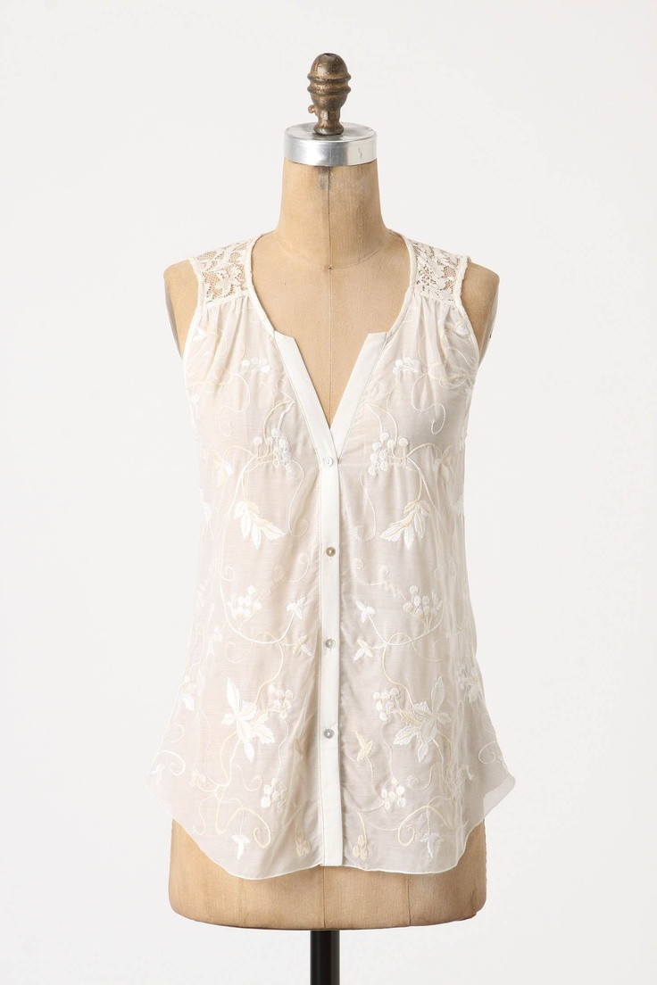 love this simple white top from @Anthropologie .Anthropology, Style, Clothing, Tops Anthropology, Forsythia Stalk, Pretty, Summer Tops, Stalk Tops, White Tops