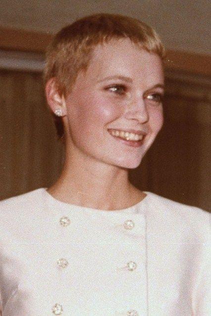 19 best Mia Farrow's wedding dress (wedding to Frank ... | 426 x 639 jpeg 38kB