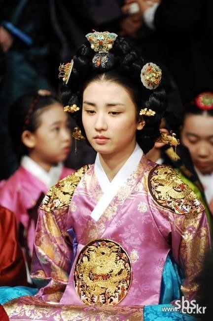 연산군부인 신씨 박하선 The King and I (Hangul: 왕과 나; hanja: 王과 나;RR: Wanggwa Na) is a South Korean historical drama series that aired on SBS. Starring Oh Man-seok, Ku Hye-sunand Go Joo-won.